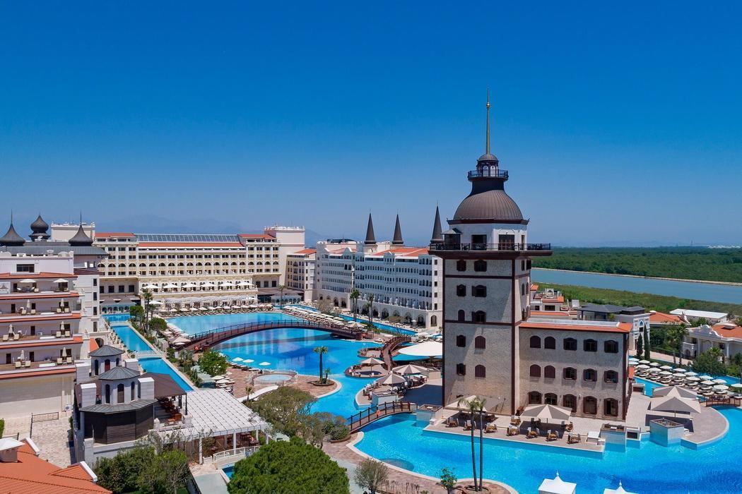 Alaçatı Marina Palace