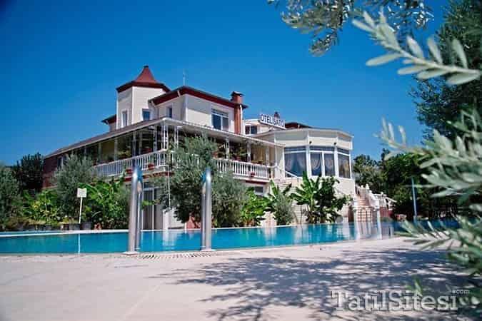 Club Hotel Şato